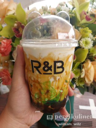 Foto review R&B Tea oleh William Wilz 1