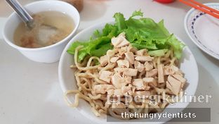 Foto 2 - Makanan(mie ayam kampung) di Mie Garing Ayam Kampung oleh Rineth Audry Piter Laper Terus