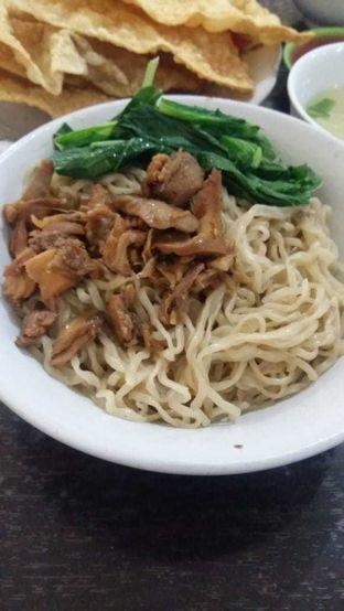 Foto 1 - Makanan(mie ayam) di Mie Ayam Gondangdia oleh Clara Stephanie