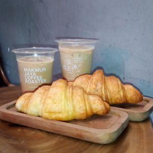 Foto 1 - Makanan di Makmur Jaya Coffee Roaster oleh Chris Chan