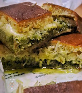 Foto 3 - Makanan(Martabak manis greentea Cheese) di Martabux oleh The foodshunter