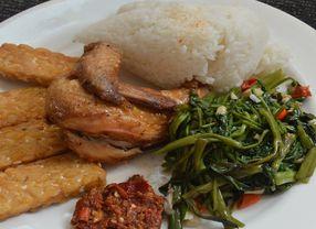 10 Tempat Makan di Tanjung Duren dengan Masakan Indonesia sebagai Menu Andalan