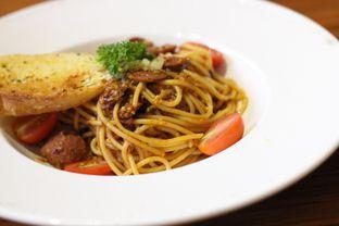 Foto 2 - Makanan di Lumiere Bistro & Art Gallery oleh Egi Maulana