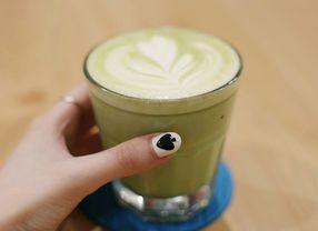 13 Cafe di Jakarta yang Punya Green Tea Latte Paling Enak