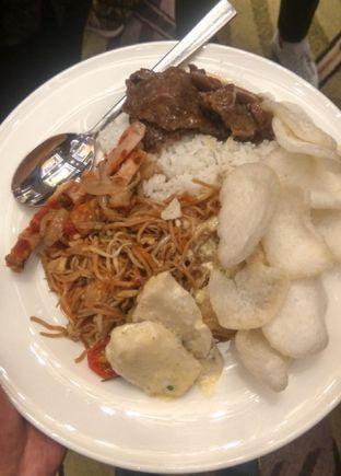 Foto 1 - Makanan(Reguler Buffeet (IDR 530k++/orang)) di Seasonal Tastes - The Westin Jakarta oleh Renodaneswara @caesarinodswr