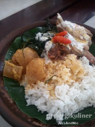 Foto 4 - Makanan(Nasi gudeg komplit) di Gudeg Kandjeng oleh UrsAndNic