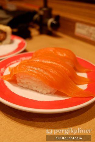 Foto 3 - Makanan(Fresh Salmon) di Genki Sushi oleh Shella Anastasia