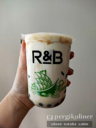 Foto review R&B Tea oleh @NonikJajan  1