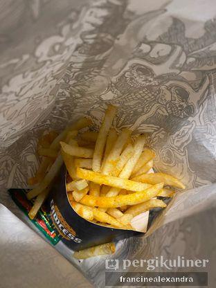 Foto review Lawless Burgerbar oleh Francine Alexandra 7