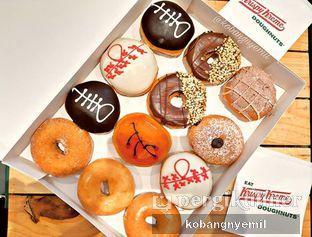 Foto - Makanan di Krispy Kreme oleh kobangnyemil .