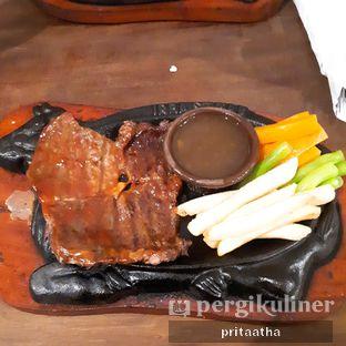 Foto 1 - Makanan(Sirloin steak) di Irba Steak oleh Prita Hayuning Dias