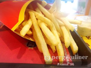 Foto 5 - Makanan di McDonald's oleh Fransiscus