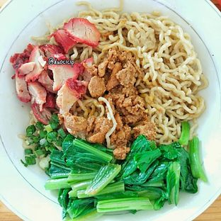 Foto 5 - Makanan(Bakmi Ayam Chasiu) di Tiger Noodle oleh duocicip