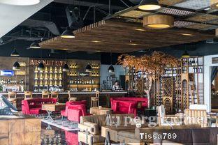 Foto 7 - Interior di Scenic 180° (Restaurant, Bar & Lounge) oleh Tissa Kemala