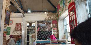Foto 3 - Interior di Happiness Kitchen & Coffee oleh Devi Renat