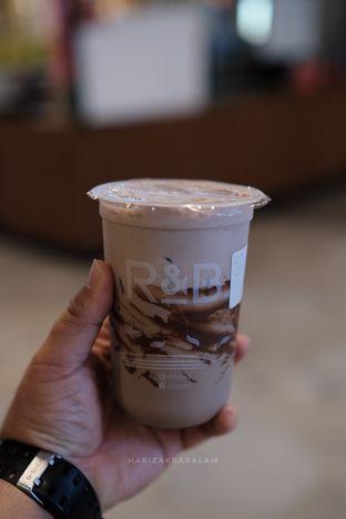 Foto 1 - Makanan di R&B Tea oleh harizakbaralam