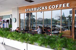 Foto review Starbucks Coffee oleh yudistira ishak abrar 12