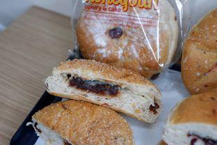 Foto 2 - Makanan di Honeybun Bakery & Cake oleh Deasy Lim