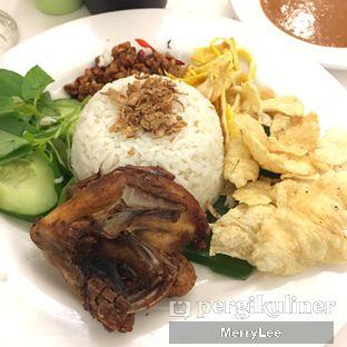 Foto 2 - Makanan(Nasi Uduk Ayam) di Kafe Betawi First oleh Merry Lee