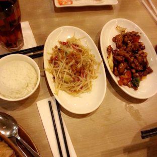 Foto 3 - Makanan(Taoge Ikan Asin, Ayam Kungpao) di Imperial Kitchen & Dimsum oleh Rizky Dwi Mumpuni