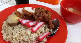 Foto 4 - Makanan(nasi hainam) di Nasi Kari Toti oleh maysfood journal.blogspot.com Maygreen