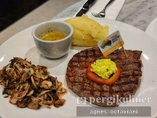 Foto review Indoguna Meatshop & Gourmet oleh Agnes Octaviani 1
