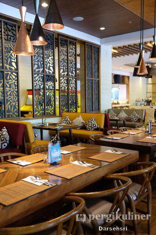 Foto 5 - Interior di Green Canyon Urban Dining - The Alana Hotel Sentul City oleh Darsehsri Handayani