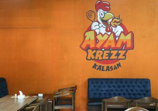 Foto 6 - Interior di Ayam Krezz Kalasan oleh thehandsofcuisine