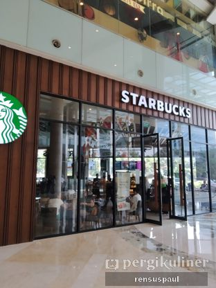 Foto 2 - Eksterior di Starbucks Coffee oleh Rensus Sitorus