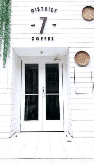 Foto 1 - Eksterior di District 7 Coffee oleh Riris Hilda