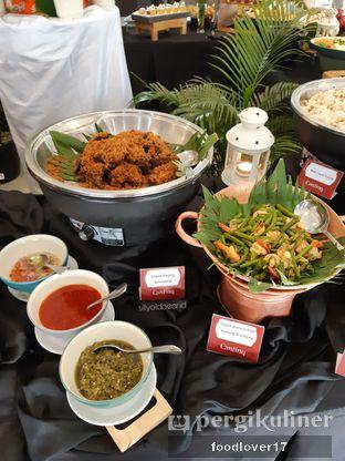 Foto 7 - Makanan di Canting Restaurant - Teraskita Hotel managed by Dafam oleh Sillyoldbear.id