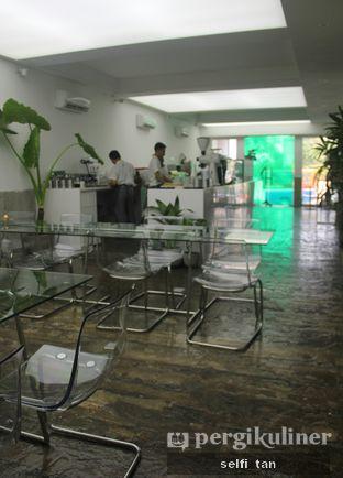 Foto 4 - Interior di Dej Cafe oleh Selfi Tan