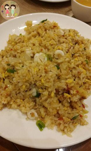 Foto 2 - Makanan(Nasi goreng seafood) di Imperial Kitchen & Dimsum oleh Jenny (@cici.adek.kuliner)