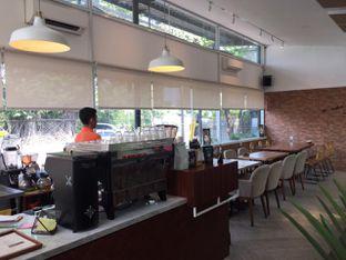 Foto 7 - Interior di Terra Coffee and Patisserie oleh Prido ZH