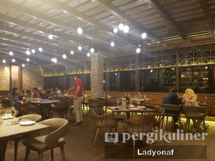 Foto 3 - Interior di Ambiente Ristorante - Hotel Aryaduta Jakarta oleh Ladyonaf @placetogoandeat