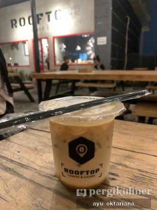 Foto review Rooftop Coffee Shop oleh a bogus foodie  1