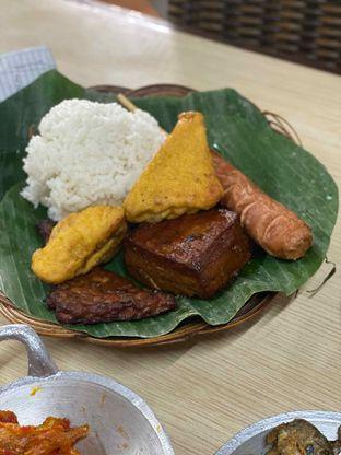 Foto 2 - Makanan di Alas Daun oleh Riani Rin