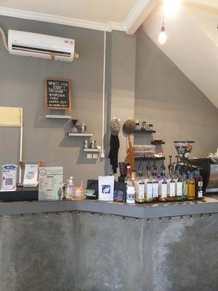 Foto 1 - Interior di Waltters Coffee oleh Sari Cao