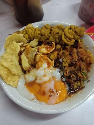 Foto 1 - Makanan di Bubur Ayam Alfa oleh Jocelin Muliawan