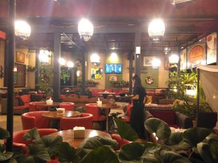 Foto 9 - Interior di Cali Deli oleh Renodaneswara @caesarinodswr