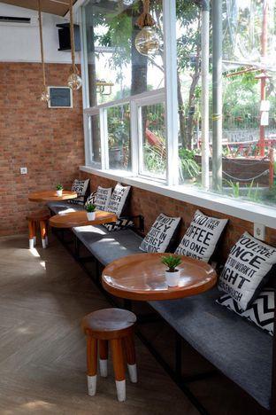 Foto 7 - Interior di Terra Coffee and Patisserie oleh yudistira ishak abrar