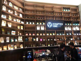 Foto 3 - Interior(Interior) di Chapter One Coffee & Roastery oleh syandra adivia
