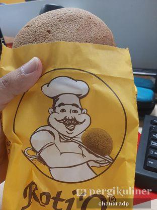 Foto review Roti 'O oleh chandra dwiprastio 2