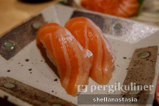 Foto 2 - Makanan(Salmon Belly Sushi) di Nama Sushi by Sushi Masa oleh Shella Anastasia