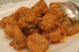 Foto 8 - Makanan di Sun City Restaurant - Sun City Hotel oleh Stellachubby