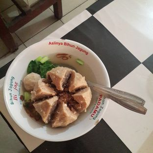 Foto review Bakso Baset (Bakso Asli Solo Eunak Tenan) oleh Yashinta  2