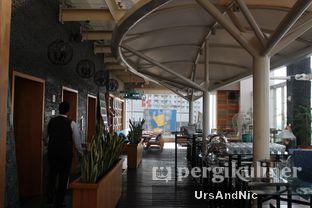 Foto 6 - Interior di Karumba Rooftop Rum Bar oleh UrsAndNic