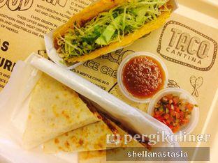 Foto 1 - Makanan(Chiken & Cheese) di Taco Cantina oleh Shella Anastasia
