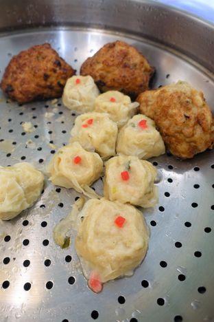 Foto 9 - Makanan di Dandy Co Bakery & Cafe oleh iminggie