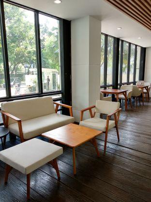 Foto 2 - Interior di Simetri Coffee Roasters oleh Ika Nurhayati